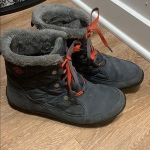 Columbia snow boots Size 9.5